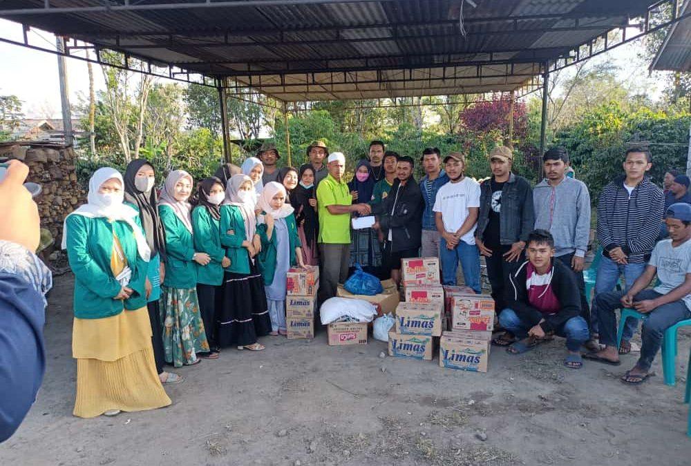 Pemuda Kampung Bale bekerjasama dengan Mahasiswa KKN UNMUHA Salurkan Bantuan pada Korban Kebakaran di Kala Tenang Bener Meriah