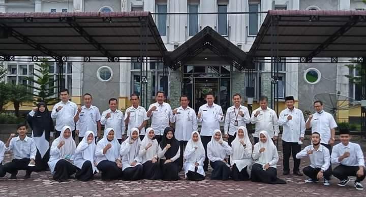 19 Putra Putri Bener Meriah Menerima Beasiswa Aceh Carong 2021, Sekda: Tunjukkan Prestasi Selama Menimba Ilmu
